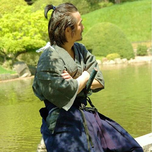 cabello largo samurai