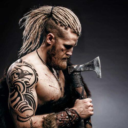 cabello largo vikingo